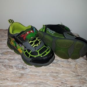Other - Ninja Turtle toddler shoes - size 8